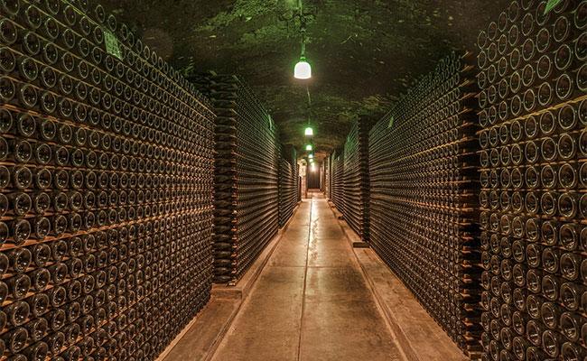 como se hace el vino: embotellado