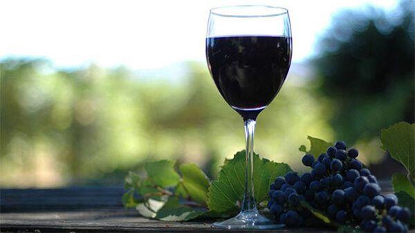 copa de vino tinto de la rioja