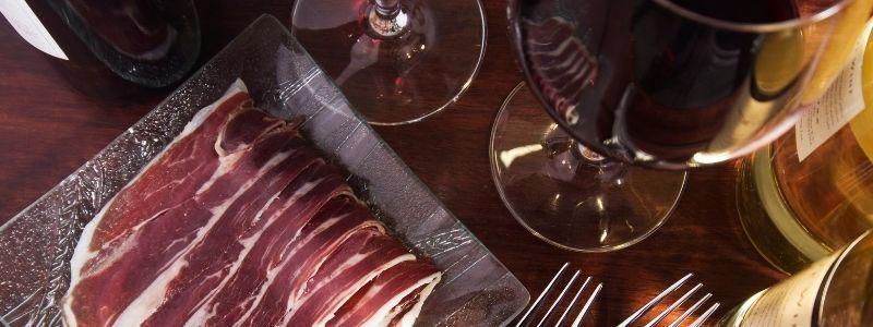 combinar jamon y vino